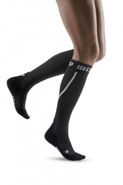 CEP Winter Run Socks Damen Compression Laufsocke - Schwarz -  WP40TU